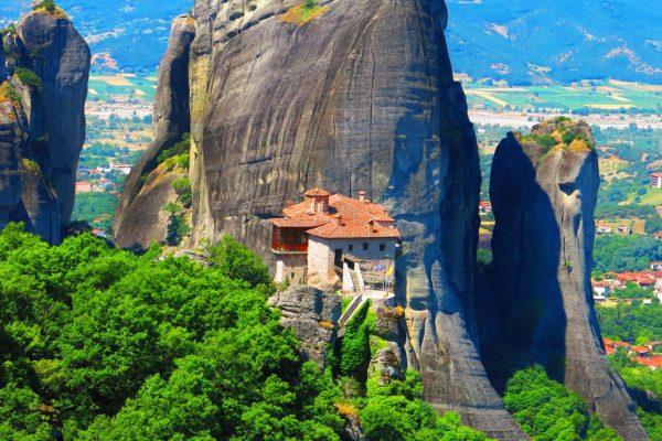 اليونان - الإقامة عبر الاستثمار - سيفوري أند بارتنرز - دبي، الإمارات العربية المتحدة